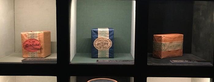 Tobaks- & tändsticksmuseum is one of Lugares favoritos de Orhan Veli.
