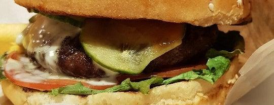 TOOTSIE — мясо из смокера is one of Бургеры в Питере.