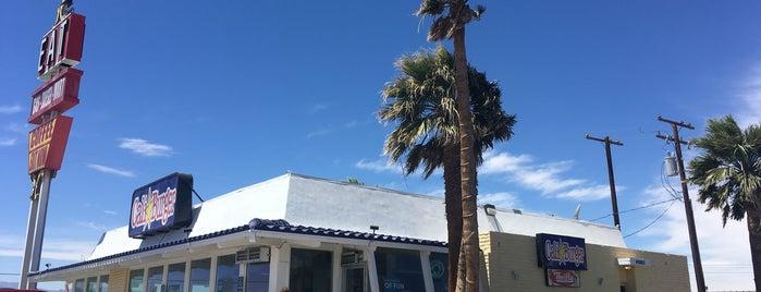 Cali Burger is one of Lugares favoritos de Josh.