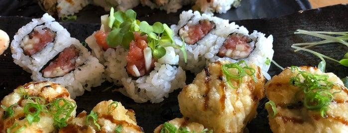 Ginza Sushi & Sake is one of Lieux sauvegardés par Sharon.