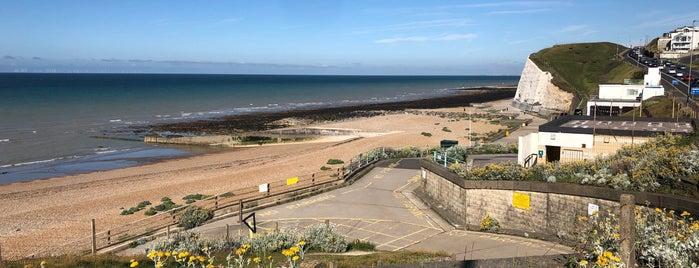 Saltdean Beach is one of Posti che sono piaciuti a Guido.