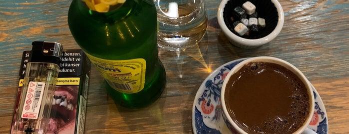 Galata Cafe is one of Locais curtidos por Mehmet.