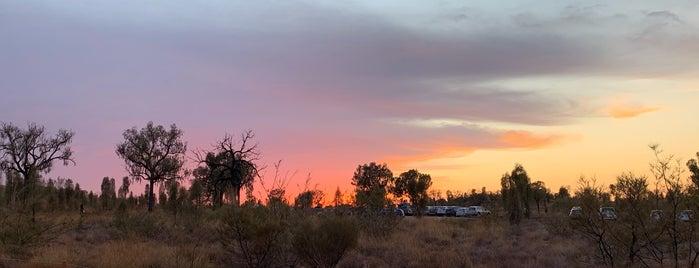 Uluru Sunrise Viewing Platform is one of Lugares favoritos de Andreas.