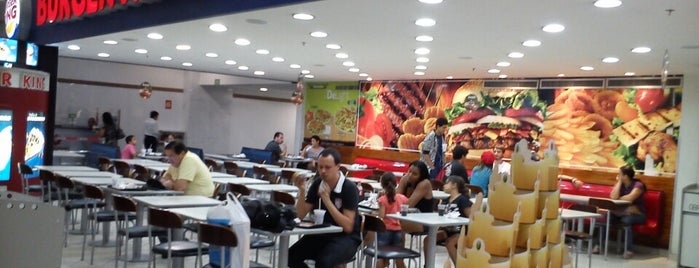 Burger King is one of Locais curtidos por Thiago Augusto.