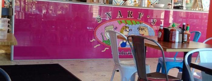 Snarf's Sandwiches is one of สถานที่ที่ Josh ถูกใจ.