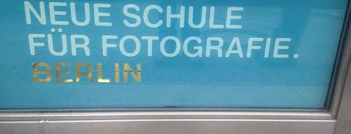 Neue Schule für Fotografie is one of no food, no bars.