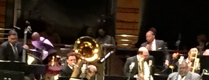 Jazz at Lincoln Center is one of Lugares favoritos de Lanre.