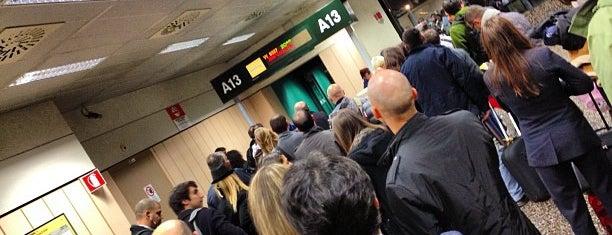 Milan Malpensa Havalimanı (MXP) is one of Top 100 Check-In Venues Italia.