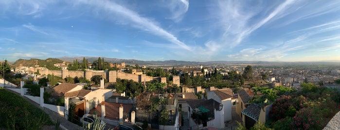 Mirador de San Cristóbal is one of Granada.