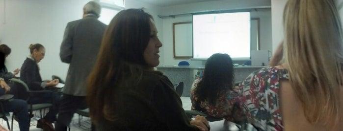 Secretaria de Estado de Controle e Transparência (SECONT) is one of Trabalhos.