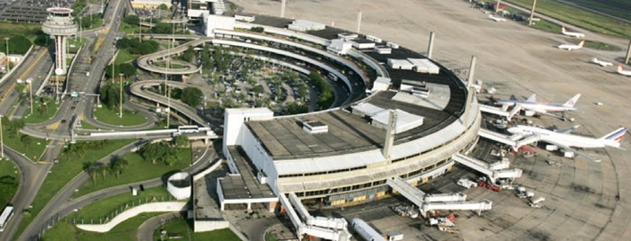 Aeropuerto Internacional de Río de Janeiro / Galeão (GIG) is one of Airports.