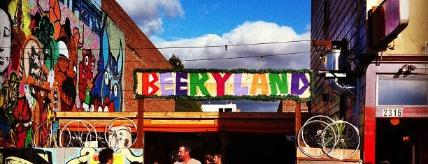 Telegraph Bar and Beer Garden is one of Oakland to do.