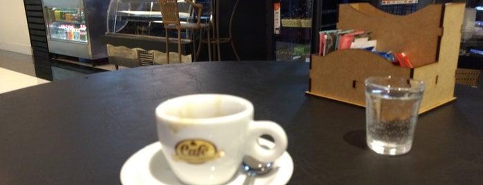Vanille Café is one of Zero.