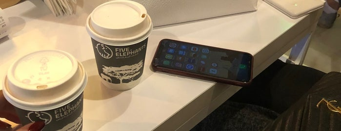 Five Elephants - Specialty Coffee Shop is one of Cafes.