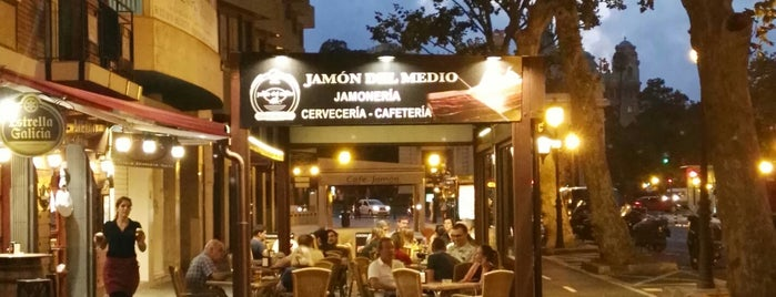 Jamon Del Medio is one of valencia.