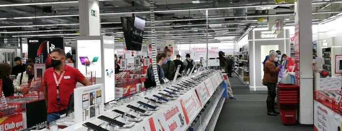 Media Markt is one of Lieux qui ont plu à Crhis.