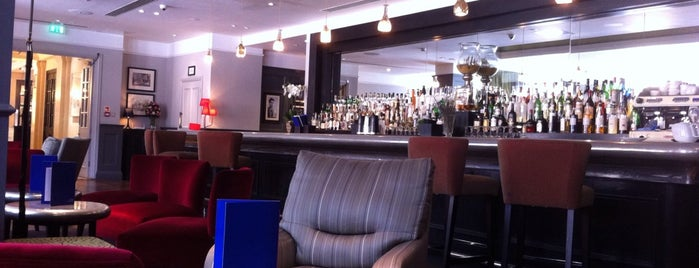 Quarter Bar & Lounge is one of Times Eat Out Card Participants.