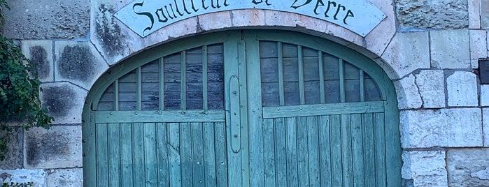 Aubeterre-sur-Dronne is one of Les plus beaux villages de France.