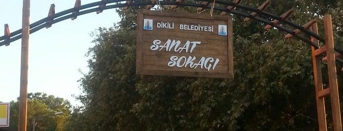 Sanat Sokağı is one of izmir.