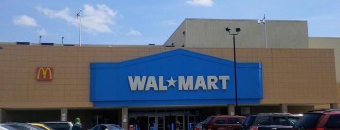 Walmart is one of Lieux qui ont plu à Luiz Cláudio.