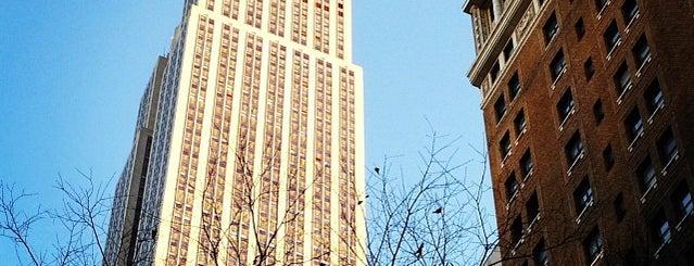 ตึกเอ็มไพร์สเตต is one of For the Love of Heights.