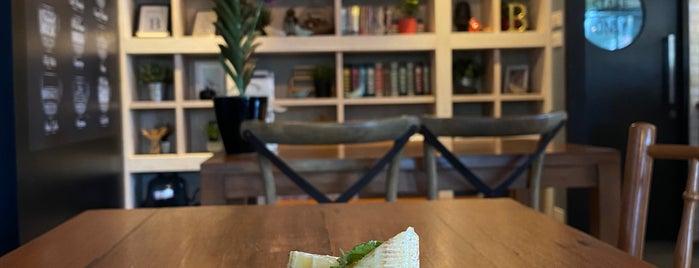 Early Bird Coffee & Dessert Bar is one of 07_ตามรอย_coffee.
