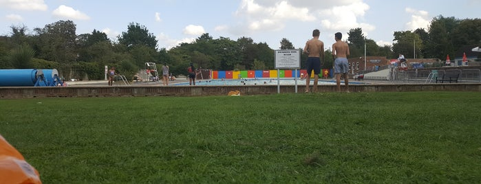 Letchworth Outdoor Swimming Pool is one of Activities&parks near hemel.