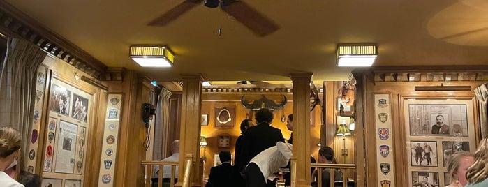 Bar Hemingway is one of Paris.