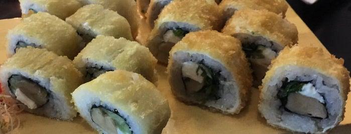 Osumi SushiBar is one of Locais curtidos por Ilya.