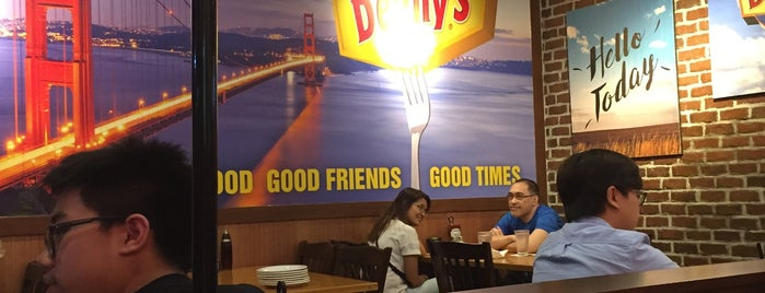 Denny's Diner is one of Mhel's Liked Places.