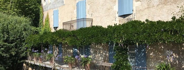 Saint-Jean-de-Côle is one of Les plus beaux villages de France.