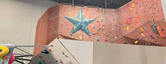 Summit Climbing, Yoga & Fitness is one of Grapevine.