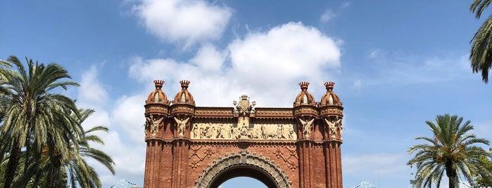 L'Arc de Triomf is one of Barselona.