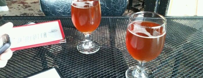 Dock Street Brewery & Restaurant is one of Philadelphia To-Do List.
