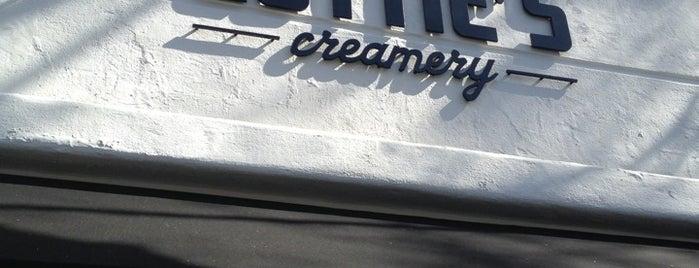 Lottie's Creamery is one of Locais salvos de Jessie.