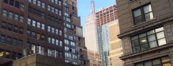 Real Estate Education Center (REEDC) - Manhattan is one of Lugares favoritos de Patrick.
