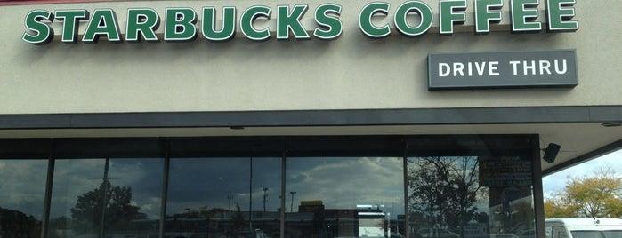 Starbucks is one of Lieux qui ont plu à Erica.