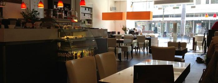 Doppio Espresso is one of Lugares favoritos de Ahmed Said.
