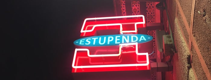 Estupenda is one of Ambientados.