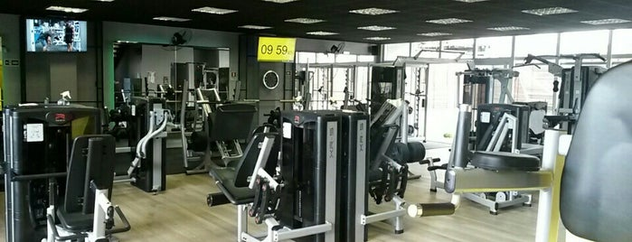 Space Gym Fitness Center is one of Posti salvati di Fernanda.