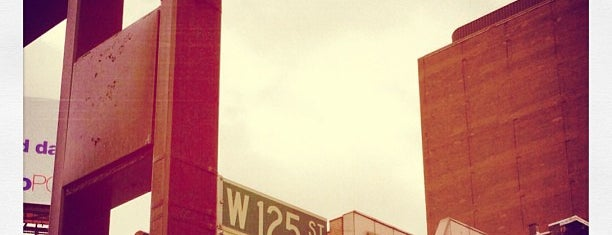 125th Street & Lenox Avenue (Malcolm X / 7th Avenue) (Manhattan, NY) is one of Posti salvati di Brooke.