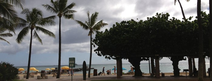 Fort DeRussy Beach Park is one of Oahu To Do List.