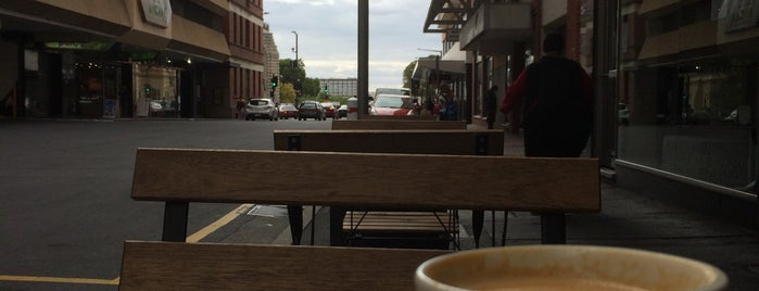 Monday's Coffee Store is one of Adelaide.