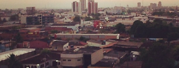 Porto Velho is one of สถานที่ที่ Vanessa ถูกใจ.
