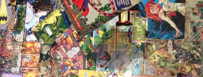 Aw Yeah Comics is one of สถานที่ที่ FJ ถูกใจ.