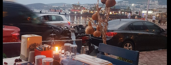 Mavi Balık&Meze Restaurant is one of Fuat'ın Beğendiği Mekanlar.
