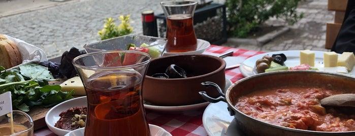Bal Kahvaltı is one of Hamdi ile gezelim yiyelim.