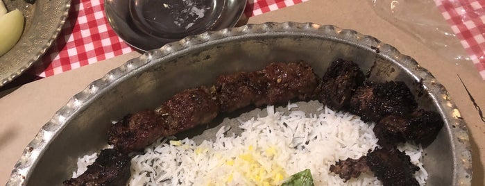 رستوران چلوشيش is one of Tempat yang Disimpan Travelsbymary.