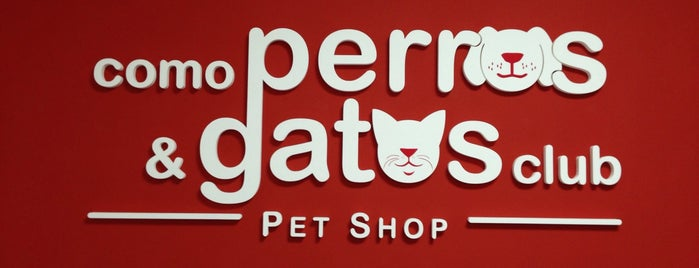 Como Perros y Gatos Club Pet Shop is one of Tempat yang Disukai Jimmy.