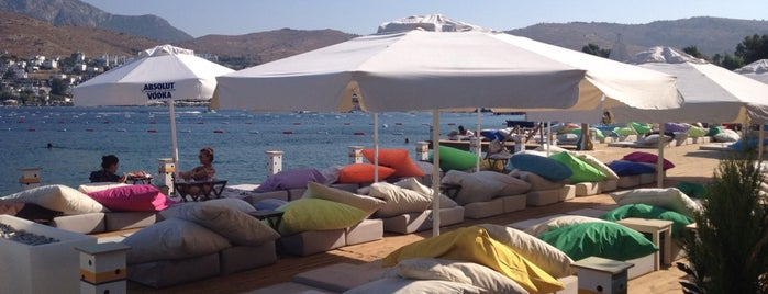L'ocall Beach is one of Bodrum.